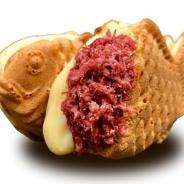 セガのたい焼き「コンビーフたい焼き(とろ~りチーズ入り)」が27日より期間限定で販売! 連日売り切れの人気フードが再び登場