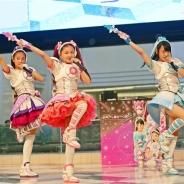 三池崇史の女児向け特撮TVドラマ「アイドル×戦士 ミラクルちゅーんず!」のヒロイン3名がサンシャイン噴水広場に生登場&ライブステージに子供たちが熱狂