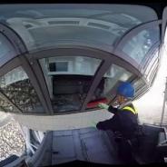 東京スカイツリーVRが7月1日より開始 地上450mにある展望回廊の窓掃除を疑似体験できる