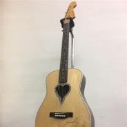 キズナズン、『キヲクロスト』でPay money To my Painのギタリスト「PABLO」氏のサイン入りギターを抽選で1名にプレゼント!
