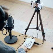 ローランド、スマホを使ったライブ配信でテレビ番組のような演出を実現できるアプリとコントローラーのセット「GO:LIVECAST」を1月25日に発売