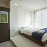 スマホやAR技術を取り入れた日本初の「スマートホステル」が福岡市に開業 部屋全体がエンタメ空間…近未来の宿泊体験