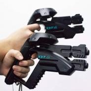 より高まる没入感 HTCVIVEのコントローラー用銃型のケースが販売開始…両手持ちで照準の安定もアップ