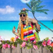 アニプレックス、DJ KOOさんを起用した『マギレコ』新CMの放映開始! 合言葉は「夏もマギレKOO!!」