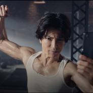スクエニとアカツキ、『ロマサガRS』で武田真治さん出演の新CM「鍛えて、鍛えて」篇を31日より放映!