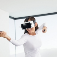 スマホVRヘッドセットでSteamVRの利用が可能に 「ZEISS VR ONE Connect」が発表