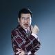 イザナギゲームズ、『Death Come True』6人目の出演者は佐藤二朗さんと発表! ニュースキャスター「ミノウケンイチ」役を演じる