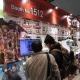 【コミケ93】エディアブース、新作位置情報ゲーム『マップラス+カノジョ』の「イメージソング&ドラマCD」やTシャツ、タペストリーなどを販売