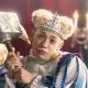 gumi、『クリスタル オブ リユニオン』の新CM「超建国トントントン」篇の放映開始…王様に扮したりゅうちぇるさんが出演、ゲーム内にも登場!