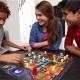 マテル・インターナショナル、仲間と協力しておばけを退治しながら幻の宝石を集める脱出型ボードゲーム「おばけ屋敷の宝石ハンター」を発売